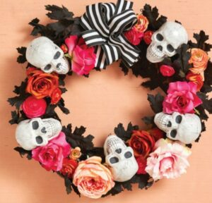 Calaveras y rosas: Decoración de Halloween